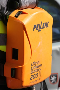 pellenc_batteries_side_1
